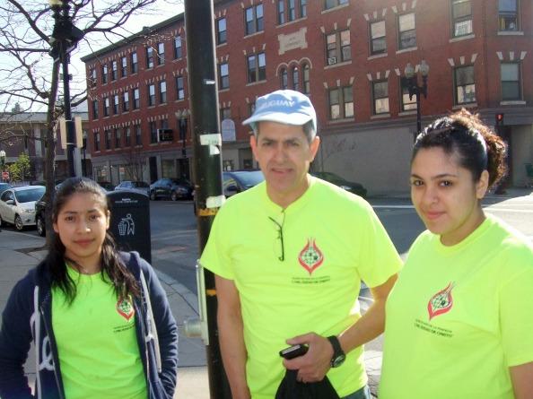 Carmen, Pastor Eduard Caceres and his daughter, Valeria, from Iglesia de Dos La Profecia